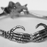 Eternal Love Skeleton Arm collar