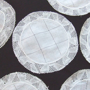 8 Linen and Lace Cocktail Coasters Rounds Doilies