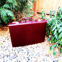 vintage burgandy hard sided briefcase. mad men office. portfolio. fall fashion