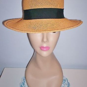 Lovely Vintage Womens Caramel-Colored Straw Dress Hat Grosgrain Ribbon Band 21.5