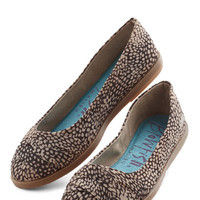 ModCloth Gotta Get Stepping Flat in Spots