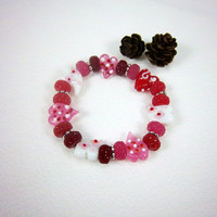 Red and Pink Lampwork Glass Heart Valentines Day Bracelet Stacking Kawaii Jewelry