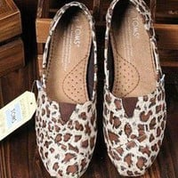 Leopard Toms