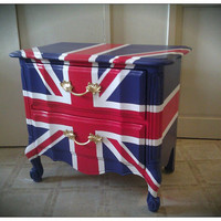 Vintage Refurbished Hand-painted Union Jack British Flag Nightstand End Table