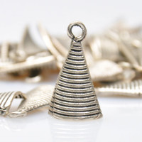 10 Pieces Silver Plated Backward Curved Triangle Charms, Jewelry Findings, Jewelry Making Supply, Boho Jewelry Findings