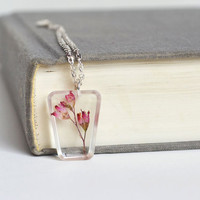 Pressed Flower Jewelry. Romantic Real Flower Necklace in Resin . One of a kind Necklace.Pink Coral Belle Flower