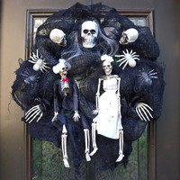 Skeleton Halloween Wreath, Halloween Wreaths, Fall Wreath, Deco Mesh Wreath, Skull Halloween Decoration, Bride and Groom