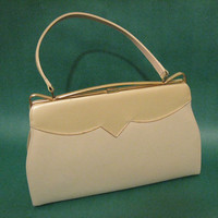 Classic Johansen Cream Purse