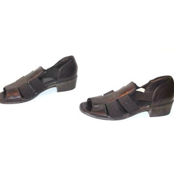 size 8.5 PLATFORM elastic sandals VINTAGE 80s 90s minimalist brown LEATHER chunk heel huaraches