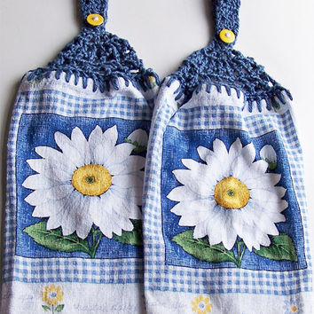 Shasta Daisy Crochet Hanging Dish Towel Set Button Top Hand Towel Spring Dish Towel Gift for Mom