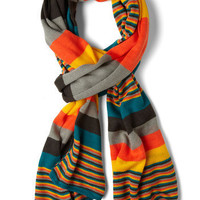 Snappy Snuggle Scarf | Mod Retro Vintage Scarves | ModCloth.com