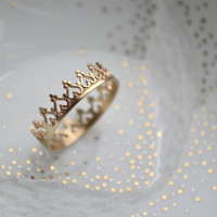 14K solid gold There is no queen without a crown ring SIZE 3-7.5