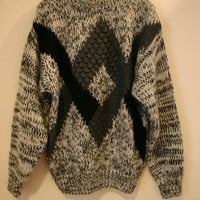 Vintage 80's 90's MEN'S Textured Knit PULLOVER Winter Sweater - grey black white