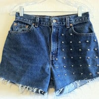High Waisted Circle Studded Levi's Shorts (Size 27)