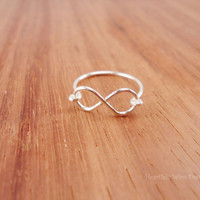Infinity Ring, Sterling Silver, 18 Gauge, Wire Wrapped