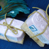 Sage &amp; Pomegranate Scented Natural Goat&#x27;s Milk Soap
