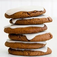 Frosted Gingerbread Cookies, 24-Pack