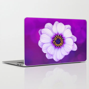 "QUALITY Laptop Skin for MacBook Air/ Pro/ Retina 11"" 13"" 15"" 17"" and PC Laptops 13"" 15"" 17"" - Purple Daisy Floral Laptop Protection Decal"