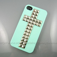 IPhone 4 case,Iphone 4S case,Mint Green Cross Studded iPhone 4 Case,Silver Pyramid Studs iPhone Hard Case