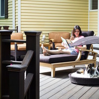 Outdoor Dog Chaise Lounger from The Refined Canine | The Gadget Flow
