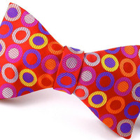 Geometric Red Silk Mens Bowtie - &#x27;Round &amp; Round II&#x27;