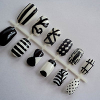 Black and White Pattern Nail Art - Hand Painted Fake Nails