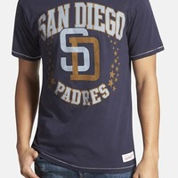 Men's Mitchell & Ness 'San Diego Padres - Shooting Stars' Tailored Fit T-Shirt,