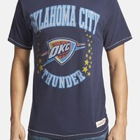Men's Mitchell & Ness 'Oklahoma City Thunder - Shooting Stars' Tailored Fit Graphic T-Shirt,