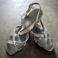"Vintage 60s MOD Strappy Metallic Silver Chunky Heel Sandals Heels Shoes 7"" W"