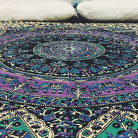 The Bohemian Spirit Collective - Free Spirit Mandala Throw