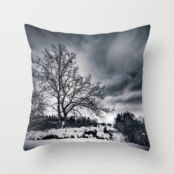 Cold winds.. Throw Pillow by HappyMelvin