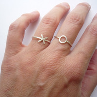 O kiss circle hammered sterling silver ring