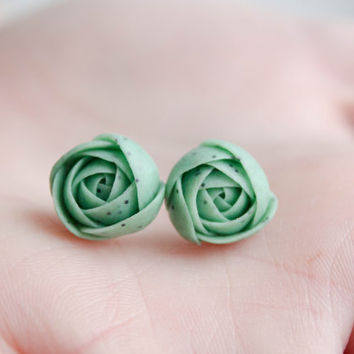 Hypoallergenic Green flower earrings, flower stud earrings, peach, Pink flowers Ranunculus stud earrings