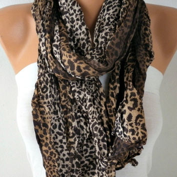 New Year's Fashion Leopard Print Scarf Valentine Day Gift Animal Scarf Cotton Scarf Shawl Cowl Gift Ideas For Her Women Fashion Accessories