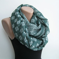Green infinity scarf, wool blend circle scarf, lightweight autumn scarf, geometric scarf