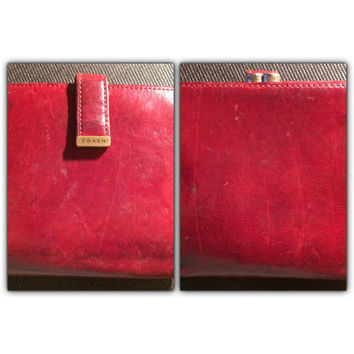 1970s Vintage COACH Cherry Red Leather Wallet Coin Purse with Brass Logo Snap Bifold Kisslock Early Designer Womens Ladies Fashion Accessor