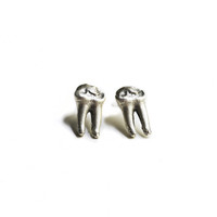 Cervidea Teeth Studs
