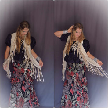 vintage leather fringed vest / southwestern soft leather jacket in chalky cream winter white / all season hippie beauty