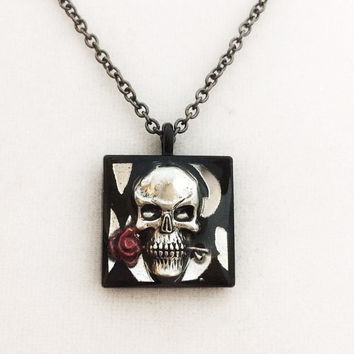 Skull necklace jewelry / skull and rose pendant / horror jewelry / black and silver necklace / unique gothic jewelry