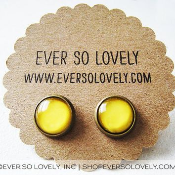 Canary Yellow Spring Stud Earrings