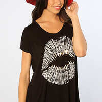 The Foil Bullet Lips April Oversized V-Neck Tee