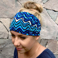 Wide Stretchy Headband for Women and Girls, comfortable Head Wrap Headband - Blue Zig Zag