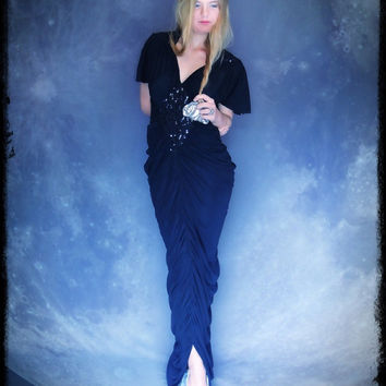 Divine vintage party dress / mermaid goddess ruched flapper plunging gown / Black sequin hippie fishtail train Stevie Nicks deco gypsy