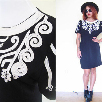 Vintage 80's M/L baroque embroidered collar black white bodycon daydress knee length