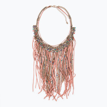 Fringe, chains and feathers necklace