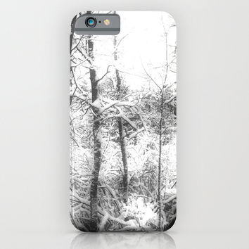 Spook in the Snow - phonecase