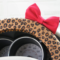 Cheetah Wheel Cover with Matching Red Bow