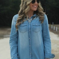 A Chambray Kind Of Day | Lavish Boutique