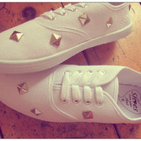 London Loves LA  Cute Stud My Heart shoes