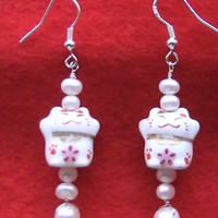 Maneki Neko Japanese Good Luck Cat Silver Pearl Earrings